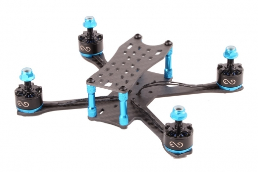 EGODRIFT BabyPRO Combo mit Shadow 1407+ Motoren 3 Zoll Rahmen aus carbon mit blauen Verbindern