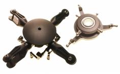 4-Blatt Rotorkopf aus Alu in schwarz mit Taumelscheibe für 700er Helis