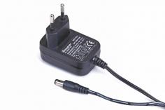 Graupner AC-Adapter Steckdosenladegerät für NiMH Senderakku 5,6V 200mAh, MZ-10 und MZ-12