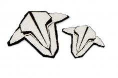 TBS Logo Patch 2 Stück in weiß in zwei Größen zum Aufbügeln auf Textilien