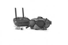 DJI FPV Fly More Combo mit Goggles, Kamera mit Lufteinheit und Sender